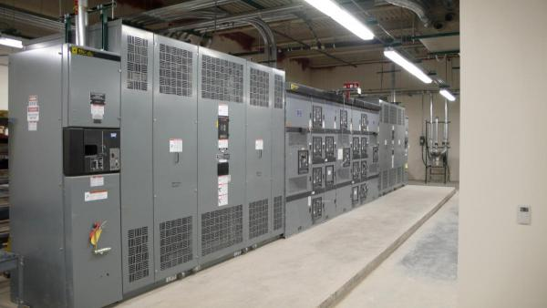 MEDIUM VOLTAGE SWITCHGEAR